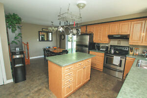 New Price Only $219,900 Cornwall Ontario image 3