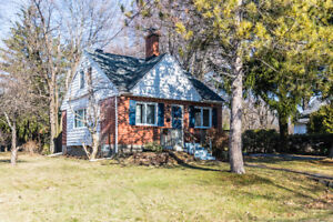 BAIE D'URFE - OPEN HOUSE SUNDAY APRIL 22 2PM-4PM