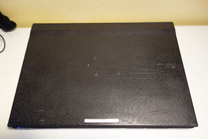 Dell 2120 notebook  W10 / Bluetooth/Webcam- notebook is like new
