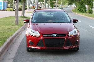 2014 Ford Focus SE / Automatic / Hatchback