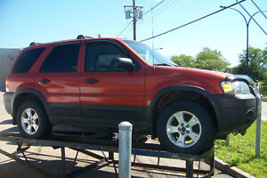 2007 FORD ESCAPE XLT 4X4 (Location $225+tx)ou (3995$+tx)