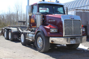 Roll-Off Truck for sale!