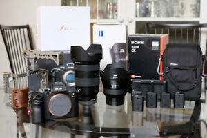 Sony A7RII - 24-70 GM 2.8 - Zeiss Batis 18mm 2.8 - ton of extras