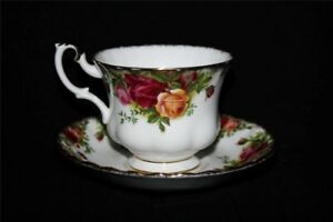Royal Albert Old Country Roses Tea Cup with Saucer