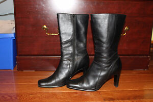 Leather boots in excellent condition