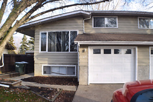Many upgrades sherwood 3 bd 2 ba attached garage close 2 henday