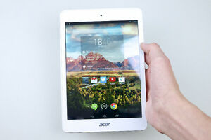 Pristine condition 8 inch Acer iconia tablet A1-830