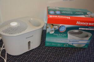 Honeywell HCM-710C Humidifier