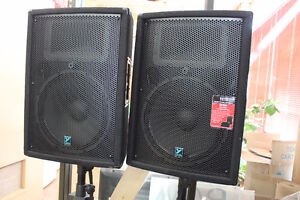 Yorkville YX Series YX15 Loudspeakers w/stands