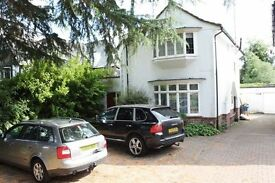4 bedroom house in Canons Drive, EDGWARE, HA8