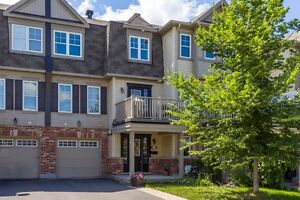 Affordable FREEHOLD townhome in desirable Fairwinds Kanata!