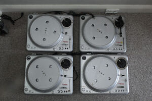 Four Vestax PDX-2000 turntables - For Parts or Repair.