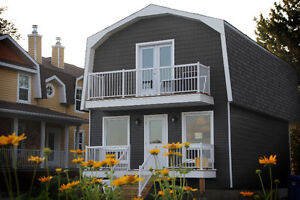 Cottage Cartier, River side few minutes from downtown !