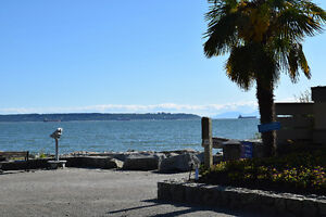 **ATTN: BUILDERS!  PRIME LOCATION in DUNDARAVE** North Shore Greater Vancouver Area image 4