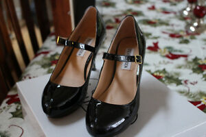 STEVE MADDEN Black Patent shoes