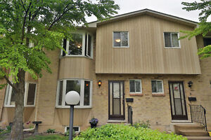 3 Bedroom 2 Bath Fully Finished Dundas Town Home