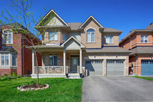 Newmarket House for rental close to Hwy404