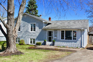 New Price! Great Family Home w/ Backyard Oasis!