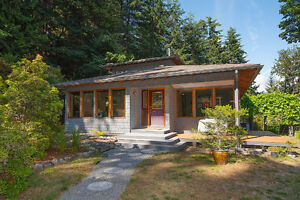 Beautifully crafted island getaway on Cates Hill North Shore Greater Vancouver Area image 1
