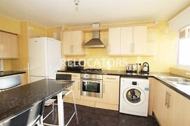 JUST BEEN REDECORATED & AVAILABLE NOW IS THIS 3 DOUBLE BEDROOM MAISONETTE NEXT TO MILE END STATION
