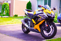 2008 GSXR 600 only 10K IMMACULATE!