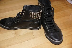 Black high sneakers, leather, size 8, Dereon West Island Greater Montréal image 1