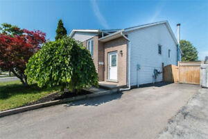 ***INCREDIBLE WELLAND 5 BEDROOM+2BATH HOME***