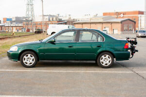 1999 Honda Civic - Auto with EXCELLENT BODY Condition