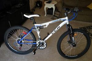 Almost new CCM 'Scope' Mountain Bike