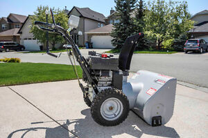 Snow King snow blower, self propelled, in excellent shape