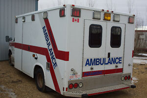 2002 Ford E-350 Ambulance Other Strathcona County Edmonton Area image 3