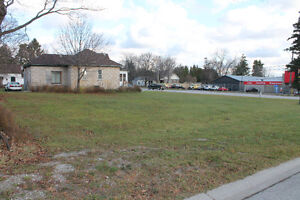 HIGH TRAFFIC/EXPOSURE LOT IN WIARTON`S SOUTH END