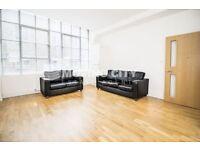 2 bedroom flat in Chocolate Studios, Shoreditch, N1