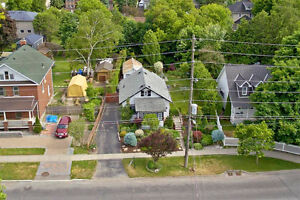 Rare Opportunity! Bungalow Located In Central Newmarket