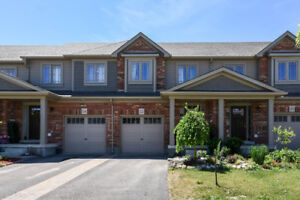 FREEHOLD TOWNHOME ! ORANGEVILLE !!!