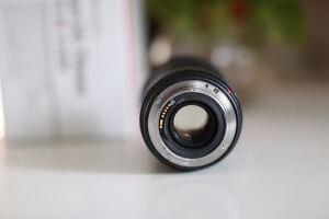 Canon 24-70 f/2.8 mark II USM lens - like new! Kitchener / Waterloo Kitchener Area image 3