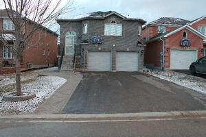 3 Bedroom // Main Floor // 2 Car Garage // South End Barrie