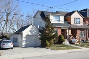 Great west Hamilton location - semi-detached home