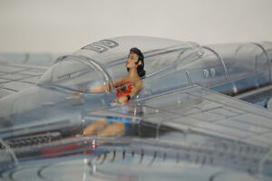 SDCC 2016 Wonder Woman 75th Anniversary Invisible Jet + Figure
