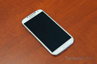SAMSUNG S4 (UNLOCKED) WITH EXTRA SD CARD