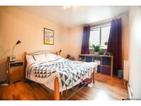 *** Large One Double Bedroom Flat To Rent In Bath Close Close To Queens Road Station ***