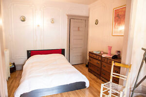 Unfurnished Bedroom in 5 1/2 in the Mile End