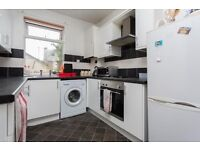 Double room to rent in a 6 bed student house