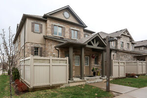 Stunning Move-in ready Town Home Condo in Westvale