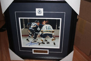 toronto maple leafs Dave tiger williams  autographed framed