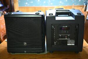 Mackie DLM12 Powered PA Speaker, Pair, 2000 watts - Excellent