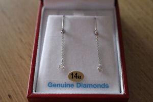 Boucle d'oreilles en or 14k avec diamants (Négociable)