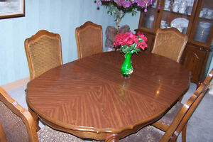 Dining Room Set - 8 Piece Windsor Region Ontario image 4