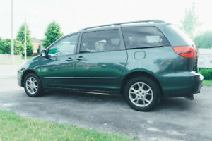 Price reduced!!!!! Toyota Sienna 2004 for $3100!!!!