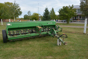 John Deere 450 Seeders for sale